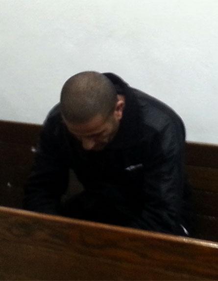 החשוד בביצוע הרצח בבית המשפט, היום (צילום: חדשות 2)