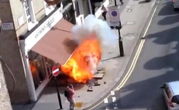 פיצוץ ברחוב לונדון