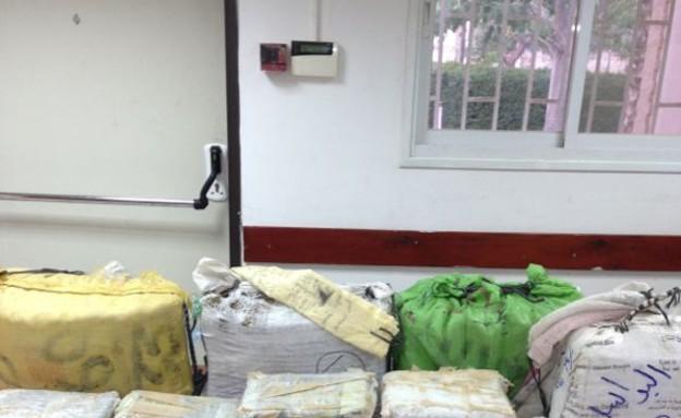 צנחנים תפסו סמים (צילום: משטרת מרחב הנגב)