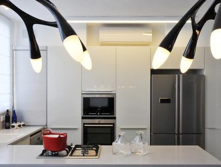בית בשרון, מטבח מנורות