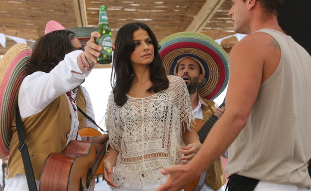 סנדי בר בפרסומת לשנדי (צילום: רפי דלויה)