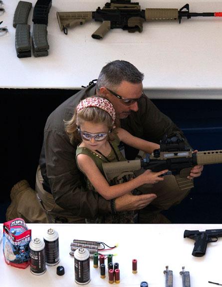 פעילות לילדים ולהורים (צילום: רויטרס)
