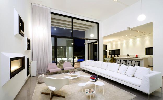 בית בקיסריה, סלון כיסא (צילום: מושי גיטליס)