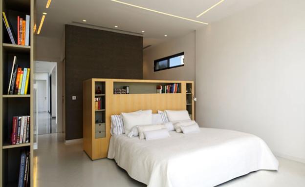 בית בקיסריה, חדר שינה (צילום: מושי גיטליס)