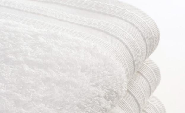 כביסה לבנה מגבות (צילום: istockphoto)