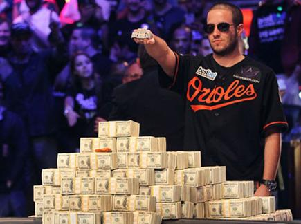 החלום הגדול. בתמונה: גרג מרסון זוכה ב-WSOP (צילום: ספורט 5)