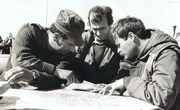 אייל רגוניס בתרגיל צבאי צילום ביתי (צילום: תומר ושחר צלמים)