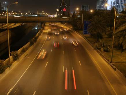 עלייה בכמות המכוניות בכבישים. ארכיון (צילום: שי פוקס, חדשות 2)