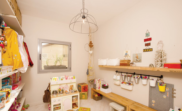 מעיין אשכנזי, חדר משחקים (צילום: דודי ארדון)