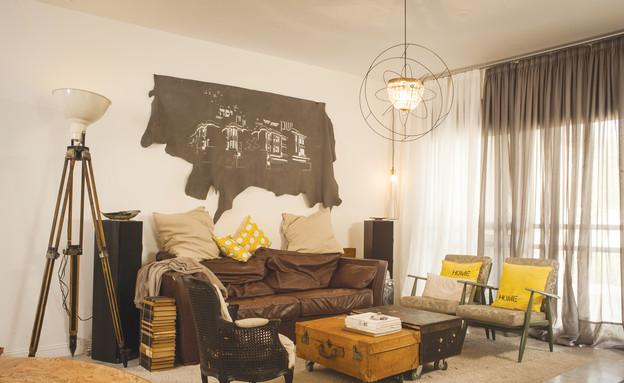 מעיין אשכנזי, ספות בסלון (צילום: דודי ארדון)
