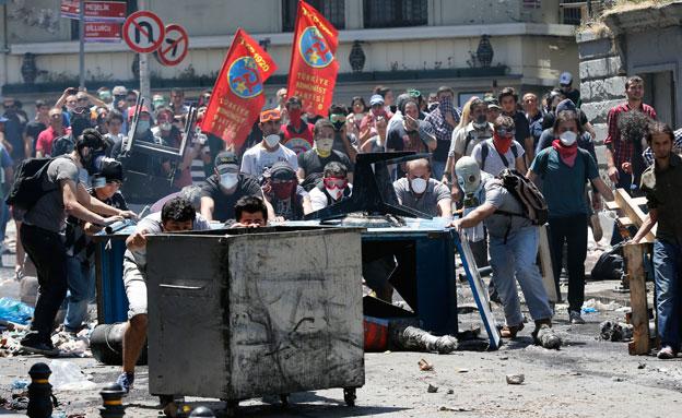 ההפגנות נמשכות, טורקיה (צילום: רויטרס)