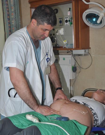 """ד""""ר בני שכטר  (צילום: יוליאן קטנר, באדיבות המרכז הרפואי מאיר)"""