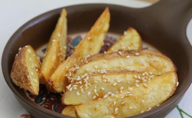 """סלט תפוחי אדמה אסייתי (צילום: עידית נרקיס כ""""ץ, אוכל טוב)"""