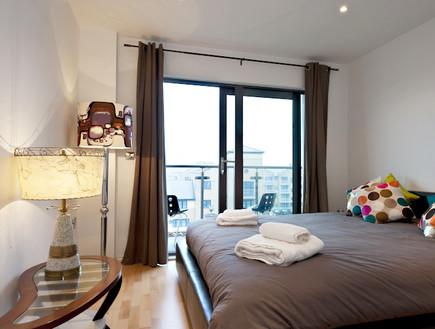 דירה בלונדון, canal view
