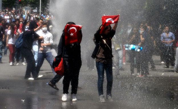 מהמות בטורקיה (צילום: חדשות 2)