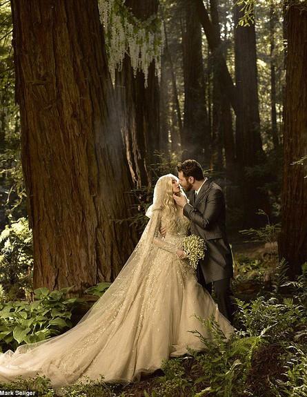 שון פארקר ואלכסנדרה לנס ביום חתונתם