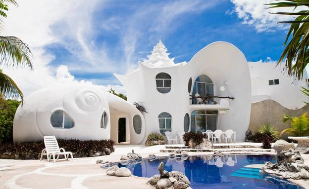 בית הצדף, חוץ בריכה (צילום: www.airbnb.com)