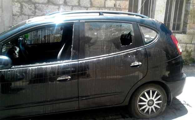 המכונית שהושחתה (צילום: חדשות 24)