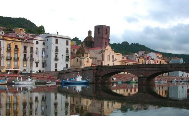 עיר, סרדיניה איטליה