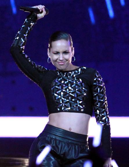 אלישיה קיז בהופעה (צילום: Ronald Martinez, GettyImages IL)