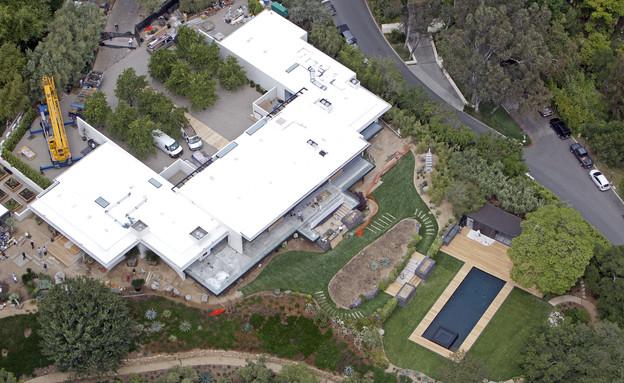 הבית של ג'ניפר אניסטון וג'סטין ת'רו (צילום: Splash News, Splash news)