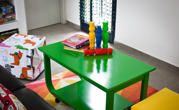 סטפני גריב בשיפוץ, שולחן ירוק (צילום: יוראי ליברמן)