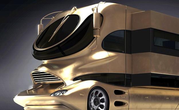 אוטובוס ארמון, זהב (צילום: carters news agency)