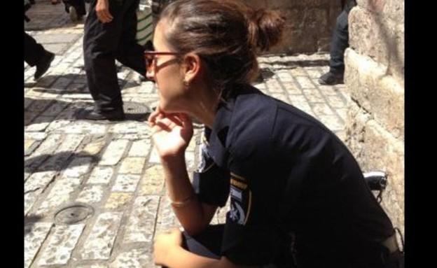 שוטרת פיתוי בבאר שבע (צילום: משטרת ישראל)