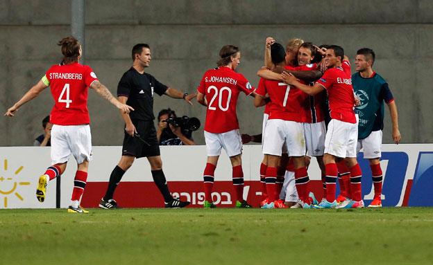 שחקני נורווגיה, בזמנים שמחים יותר (צילום: רויטרס)