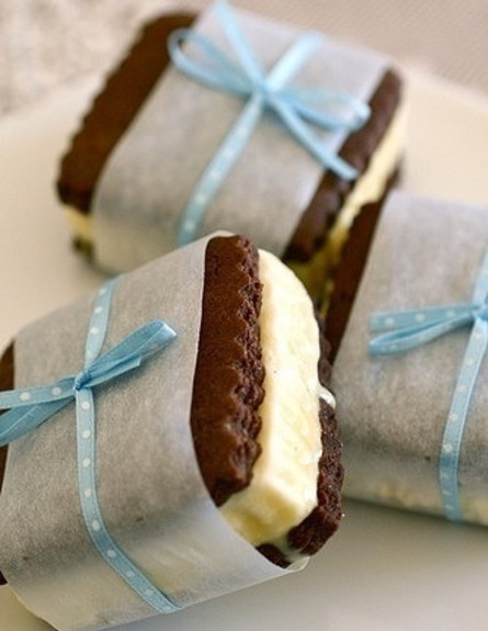 סנדוויץ' גלידה (צילום: מתוך האתר annies-eats.com)