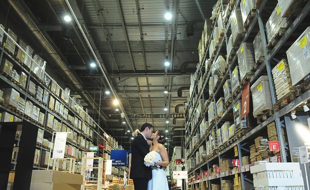 חתונה באיקאה, מחסן (צילום: טאצ' סטודיו)