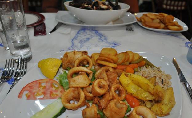 מאמא סופיה מסעדה ברודוס