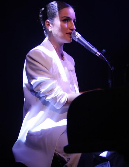 אניה בוקשטיין הופעה (צילום: אביב חופי)