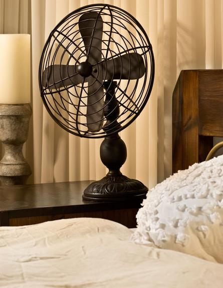 אלון חסון, חדר שינה מאוורר (צילום: עודד סמדר)