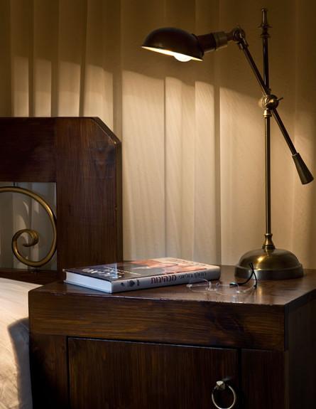 אלון חסון, חדר שינה שידה (צילום: עודד סמדר)