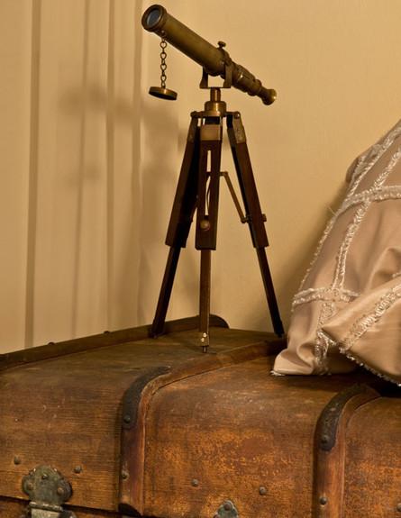 אלון חסון, חדר שינה תיבה (צילום: עודד סמדר)