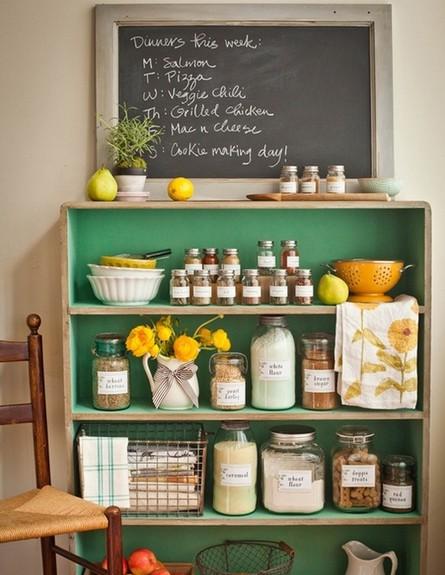 אחסון מטבח, ארונית ירוקה (צילום: www.indulgy.com)
