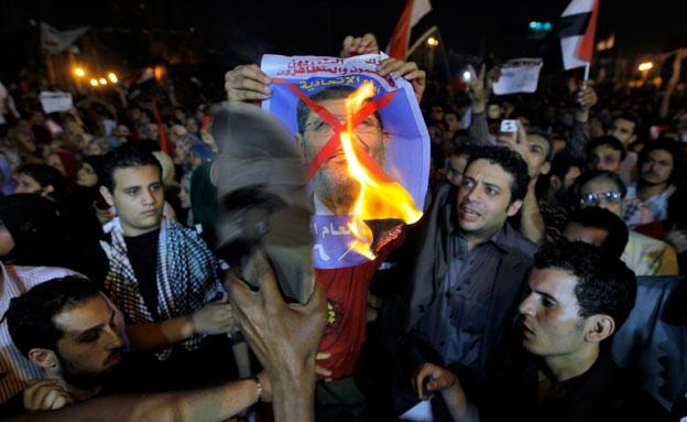 בדרך לעוד הפיכה במצרים? (צילום: AP)