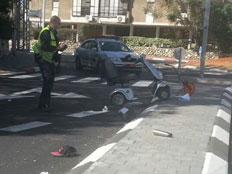"""פגע וברח. תאונת קלנועית (צילום: סוכנות הידיעות """"חדשות 24"""")"""