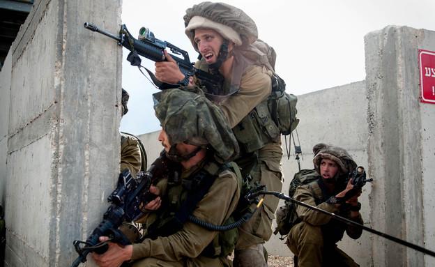 """שבוע מלחמה בחטיבת הצנחנים (צילום: דובר צה""""ל)"""