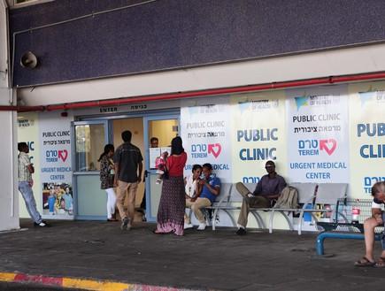 תחנה מרכזית - הכניסה עם כל העובדים הזרים