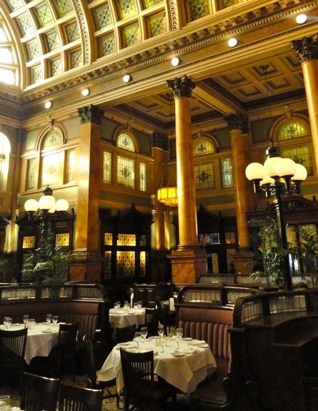 travelonthelevel.blogspot.comרכבת, מסעדה גובה (צילום: travelonthelevel.blogspot.com)