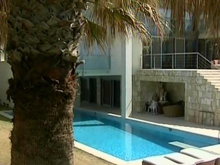 בית עם בריכה. צילום ארכיון (צילום: חדשות 2)