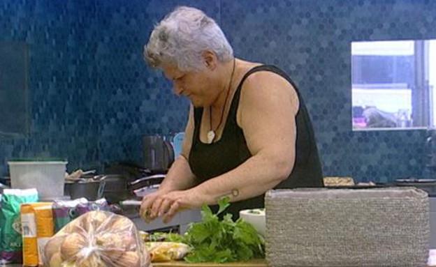 דיטה במטבח 02 (תמונת AVI: mako)