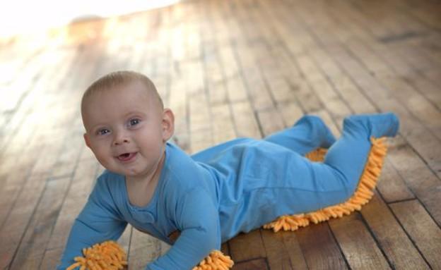 המצאות, תינוק מנקה (צילום: www.betterthanpants.com)