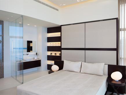 לימור שחורי, חדר שינה מיטה