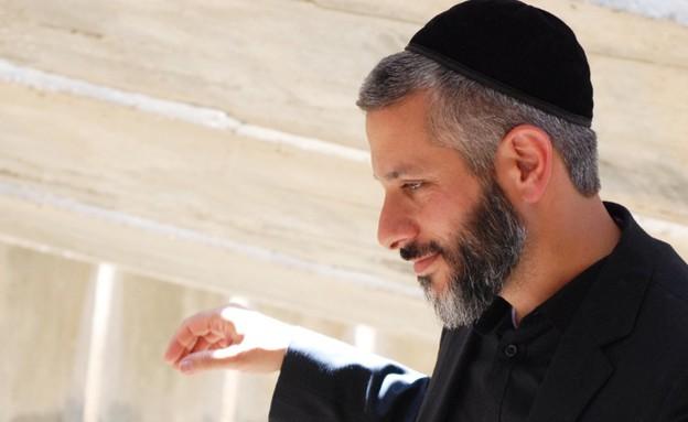 אביתר בנאי – תל אביב (אסף אמדורסקי) (תמונת AVI: mako)