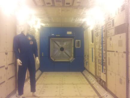דגם של תחנת החלל הבינלאומית, צילום אורן דותן, תערוכת החלל