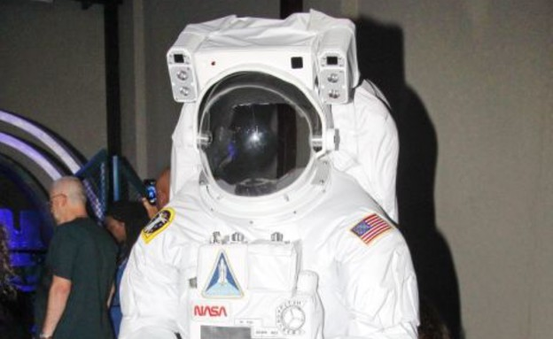 חליפת חלל של נאסא, תערוכת החלל (צילום: שוקה כהן)