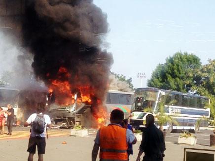הפיצוץ באוטובוס התיירים הישראלים (צילום: חדשות 2)